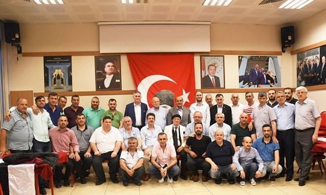 Sultanmuratspor'da Yönetim güven tazeledi