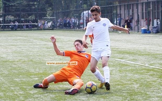 Kasımpaşa A.Ş., Başakşehir FK'yı 3 golle geçti