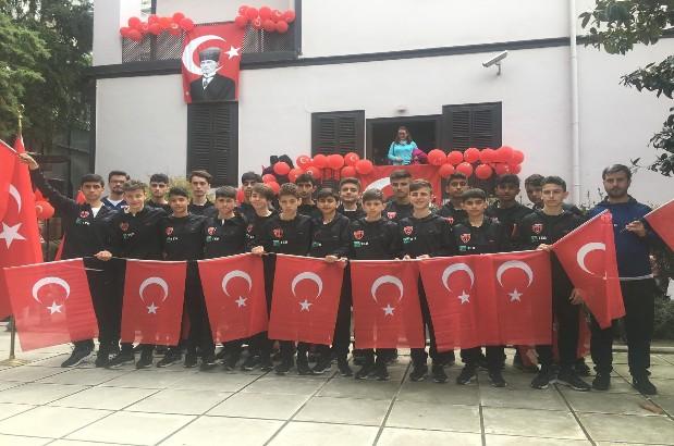 İstanbul Kastamonuspor TEB'LE Ata evinde