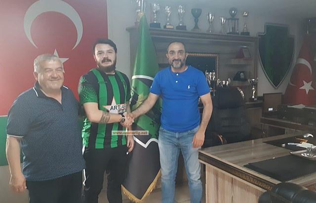 Cem Çepeloğlu yeniden Küçükköyspor'da