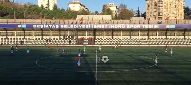 İnönü Stadında Ata'ya büyük saygı